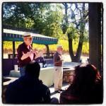 Knight Director Jim Bettinger introduces winemaking expert Jim Lapsley at Gundlach Bundschu winery